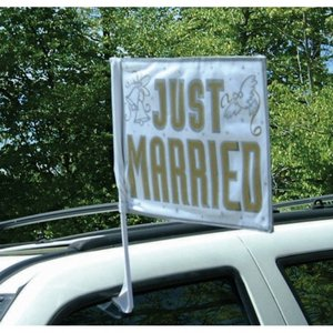 "Bilflagga ""Just married"""